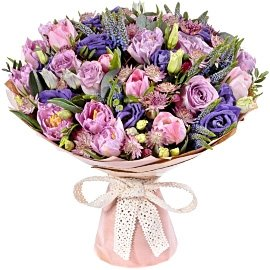 Букет из фиолетовых тюльпанов