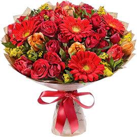 Букет из красных тюльпанов