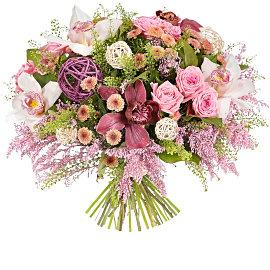 Букет из розовых солидаго