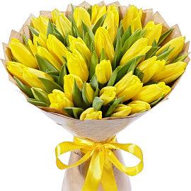 Букет из желтых тюльпанов