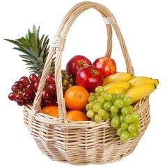 <h4>Корзина фруктов</h4><br/> <p>Эта корзина включает в себя различные варианты фруктового наполнения.  Окончательный выбор будет произведён флористом из расчёта на выделенную для этого сумму. Выбор всегда осуществляется в пользу наилучшей версии заказа.</p>