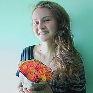 Букет из Персиковых Роз