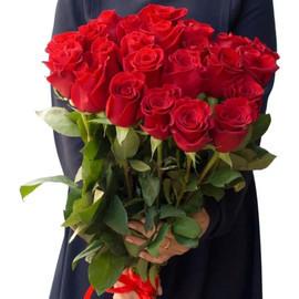 19 крупных роз
