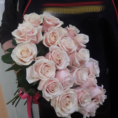 Букет из чайных роз Комплимент