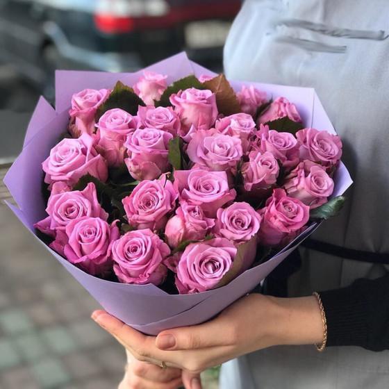 Букет из 25 сиреневых роз