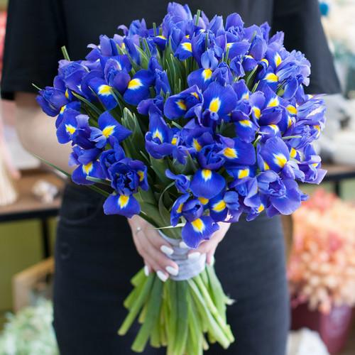 Букет цветов Синие ирисы