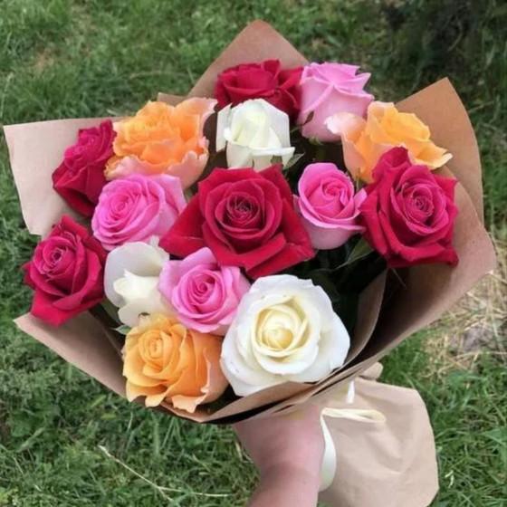 Букет из 15 роз «Кении» микс