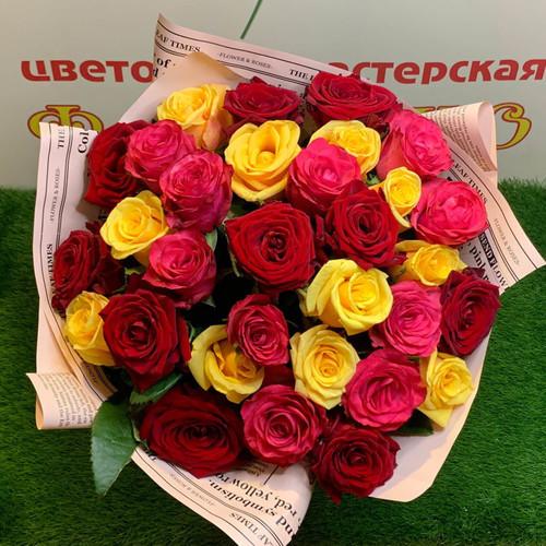 Яркий МИКС из 35 роз