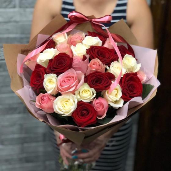 Букет из шикарных роз