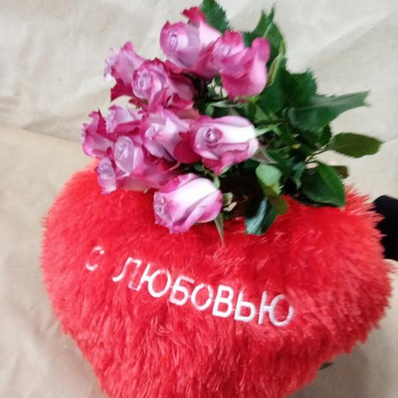 """11 роз + сердце """"С любовью"""""""