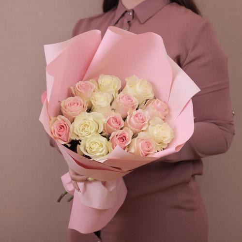 Букет из 15 роз «Пудровый микс»