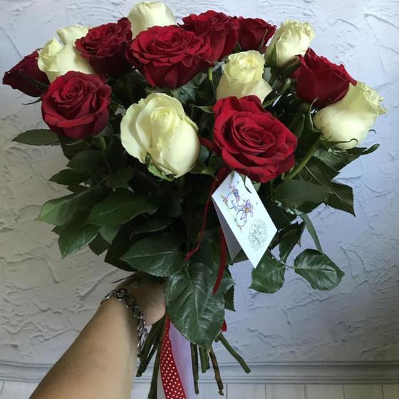 21 роза микс