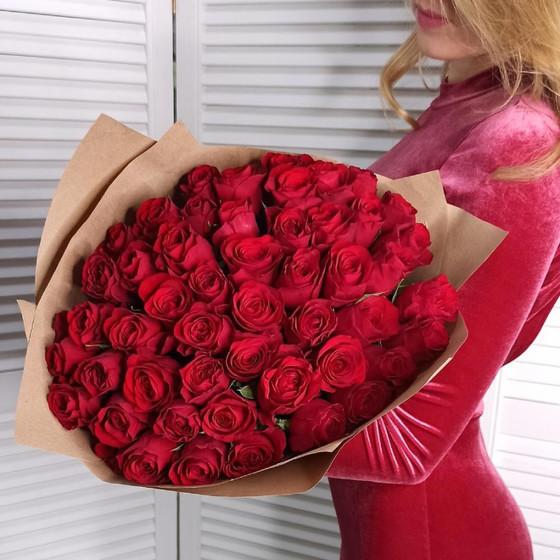 51 роза Red Paris