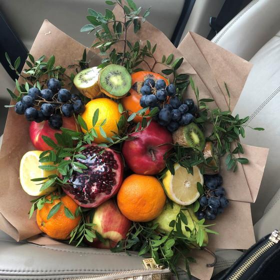 Веселый фрукт