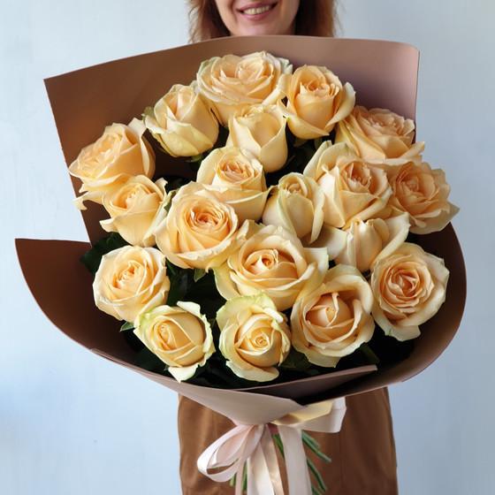 Шикарный букет из 21 розы