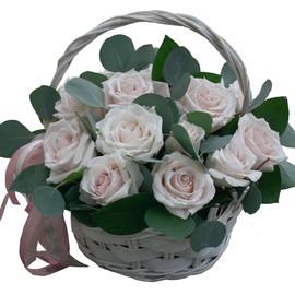 """корзина с розами """"нежность"""""""