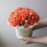 """Букет """"15 коралловых кустовых роз"""""""