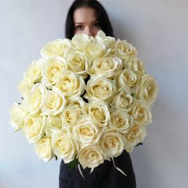 Шикарный букет из 35 белых роз