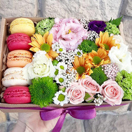 """Цветы и сладости """"Радужное настроение"""""""