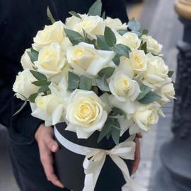 Цветы в коробке «Белый берег»