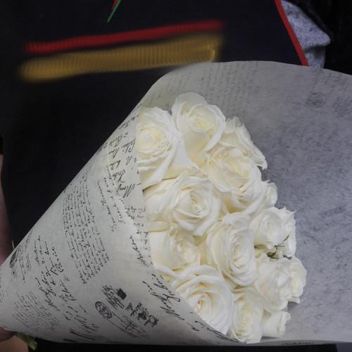 Букет из 15 белоснежных роз