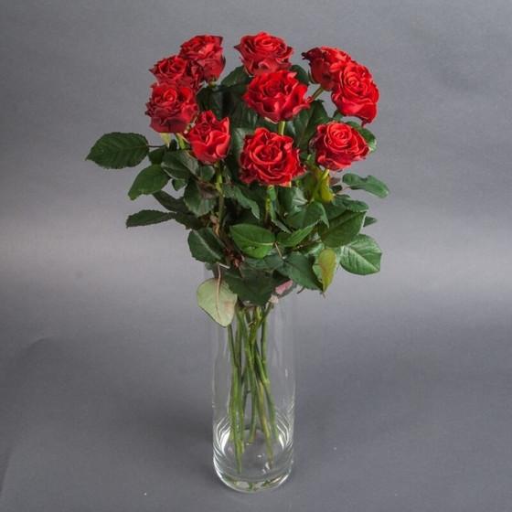 Роза Эль Торо 60 см 11 шт. в крафте