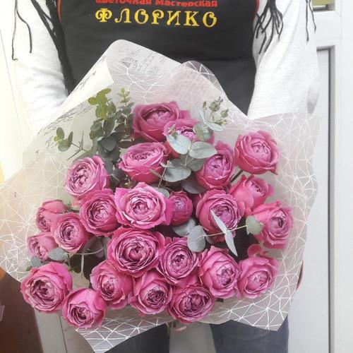 Букет из пионовидных роз Ангелина
