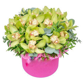 Шляпная коробка с орхидеями