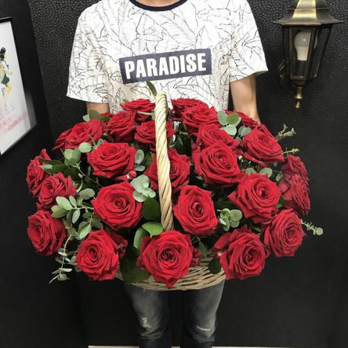 """Корзина """"Красные розы"""""""