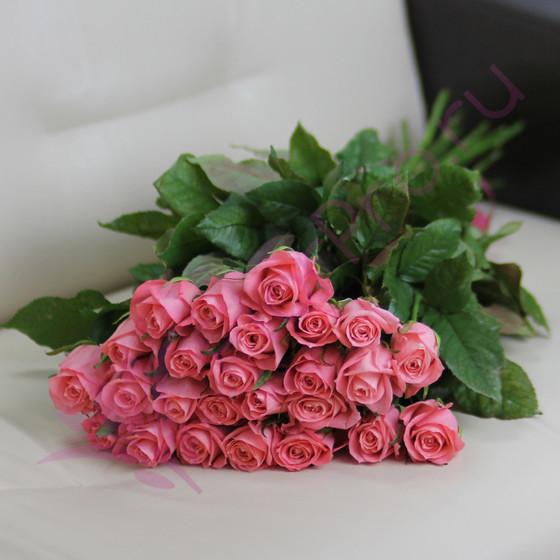 25 розовых роз Анна Карина 60 см