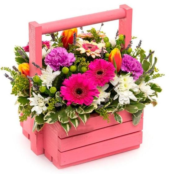 Ящик с цветами розовый