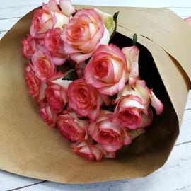 """Роза """"Джумилия"""" 50 см, 19 шт."""
