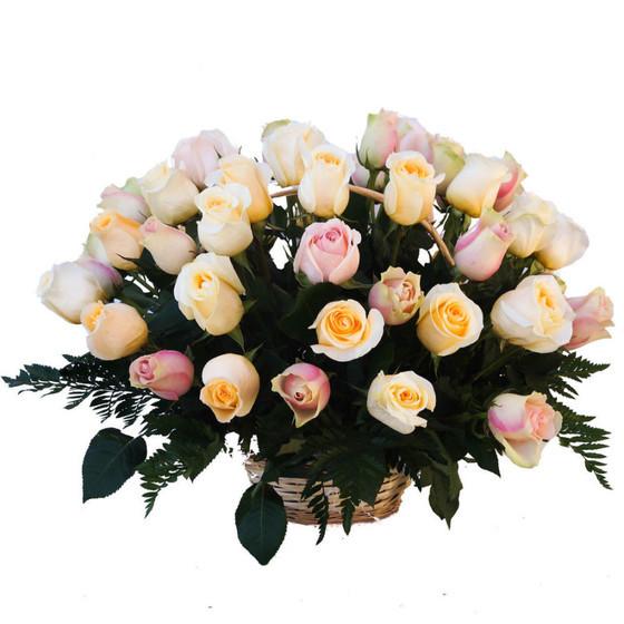 Корзина из 51 розы