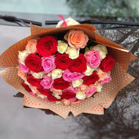 51 роза (40см) в крафте