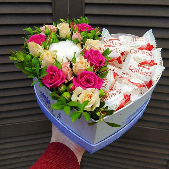 Цветы и Raffaello