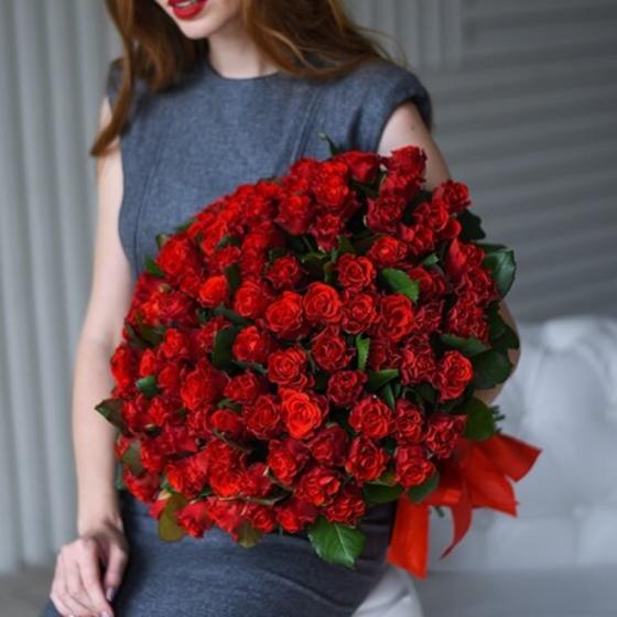 Роза Эль Торо 60 см 101 шт.