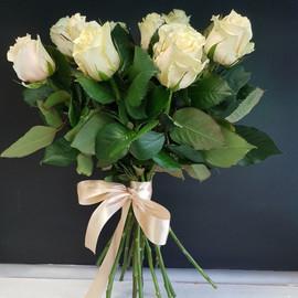 Роза талея 60 см 7 шт. в крафте