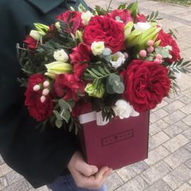 """коробка с цветами """"Яркие чувства"""""""