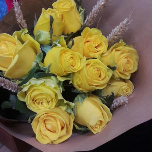 Букет из желтых роз Колосок