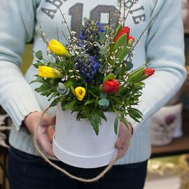 """Коробка с цветами """"Весенние цветы"""""""