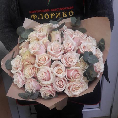 Букет из 35 роз Карамелька